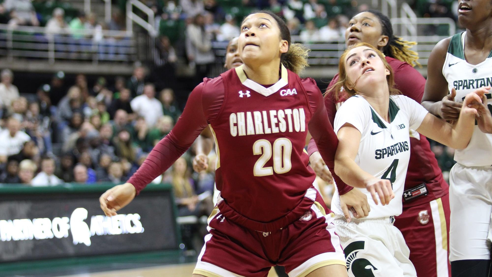 Cougars Jet to Jacksonville for Showdown with UNF - College of Charleston