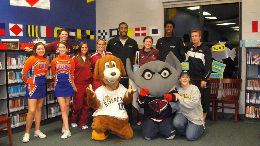 College Of Charleston Student Athletes Give Back In November